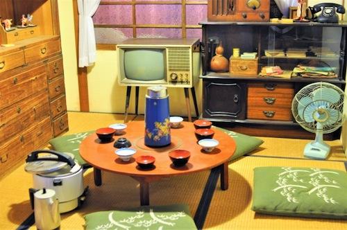書評『秘蔵カラー写真で味わう60年前の東京・日本』(光文社新書)